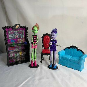 Monster High Lot Coffin Bean Lot